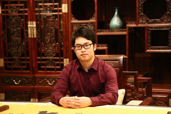 """富宝轩张奕海――提名""""杰出青年企业家"""" (1)_调整大小.JPG"""
