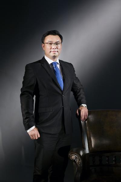 国寿红木副董事长陈淦凡_调整大小.jpg